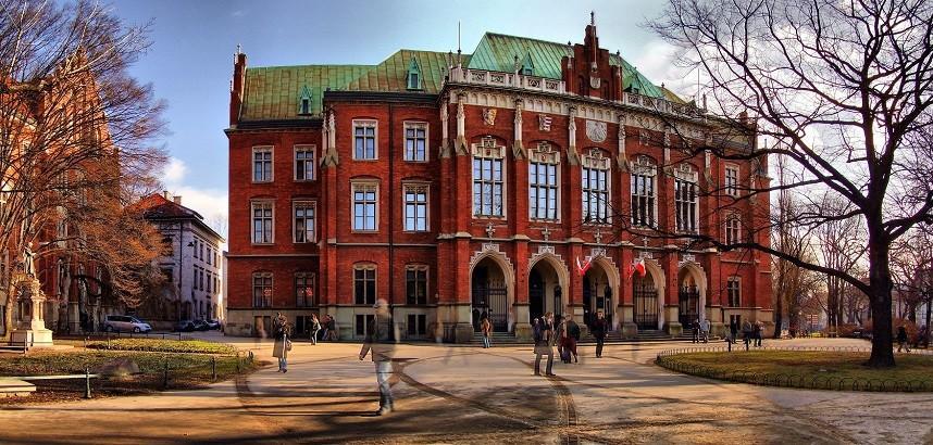 Polonya'da üniversite eğitimi süreci nasıldır